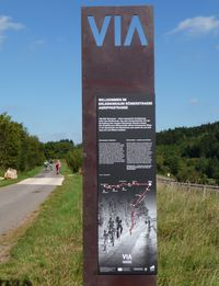 VIA-Stele am Radweg in Nettersheim